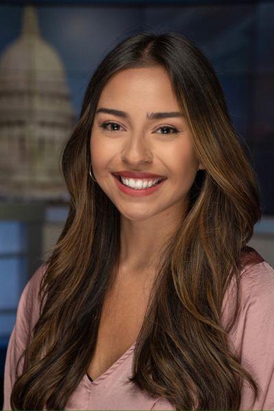 Vanessa Reza